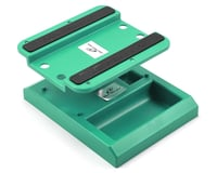 DuraTrax Pit Tech Deluxe Car Stand Green DTXC2373
