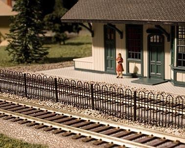 "Atlas Railroad N-Scale 15"" Hairpin Fence"
