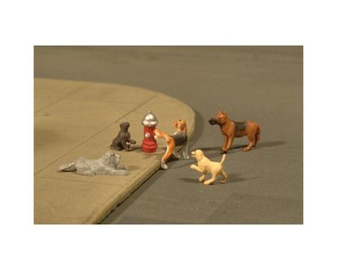 Bachmann SceneScapes Dogs with Fire Hydrant (6) (O Scale)