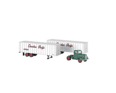 Bachmann Canadian Pacific Green Truck Cab & 2 Piggyback Trailers (HO Scale)