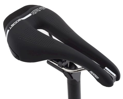 Selle Italia Novus Boost Superflow Saddle (Black) (Titanium Rails) (S3) (135mm)
