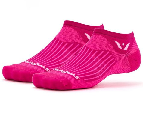 Swiftwick Aspire Zero Socks (Fushia) (S)