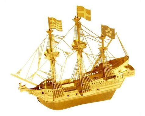 Fascinations Metal Earth 3D Laser Cut Model Golden Hind Ship Boat - GOLDEN VERSION