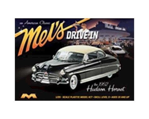 Moebius Model 1/25 1952 Hudson Hornet Car Mel's Drive-In Model Kit