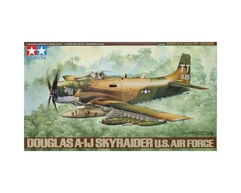 Tamiya 1/48 Douglas A-1J Skyraider USAF