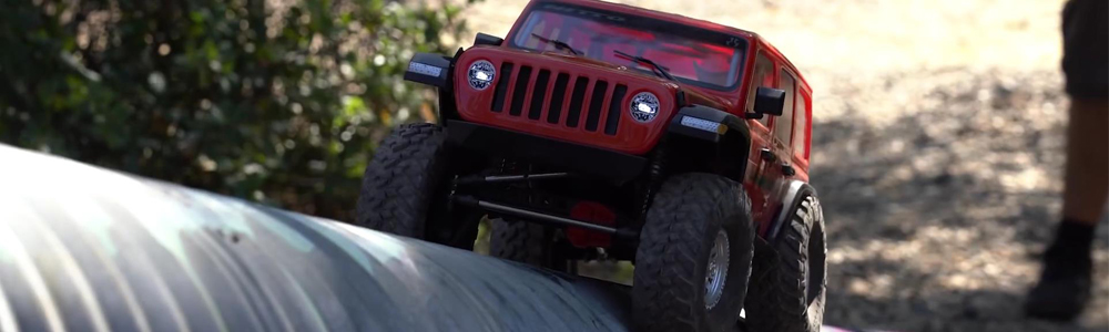 SCX10 RTR Trail Truck Hits the Pipes
