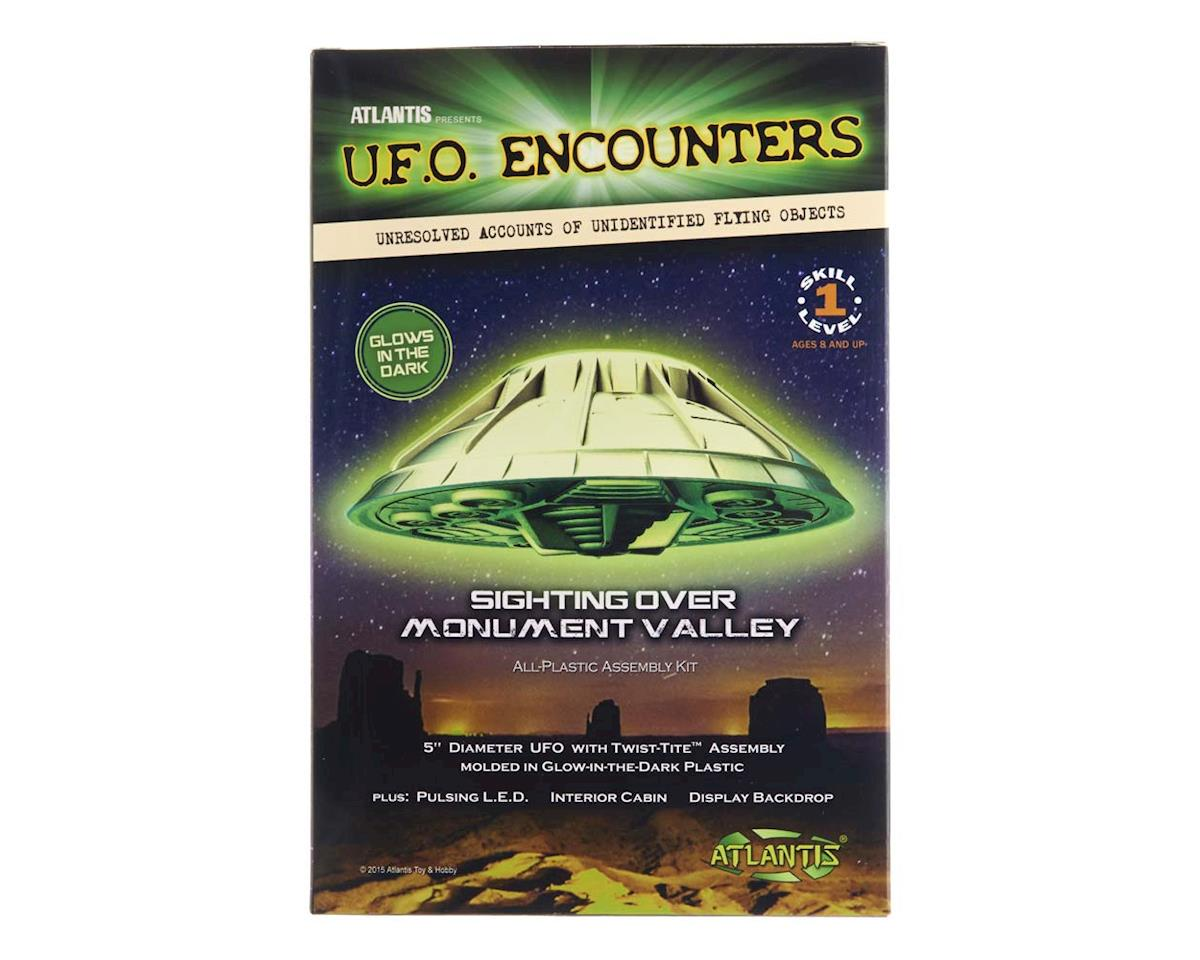 "Atlantis Models AMC-1007G Monument Valley UFO 5"" Lighted Glow/Dark"