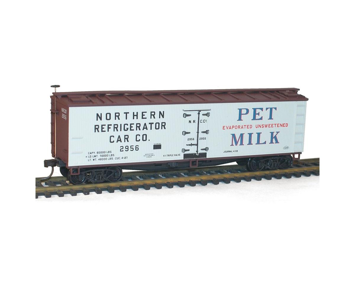 Accurail HO KIT 40' Wood Reefer, Dairy/Pet Milk