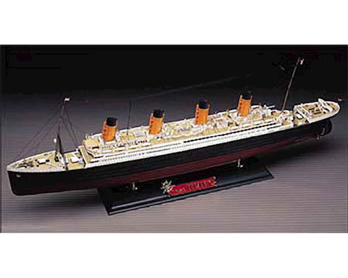 1/400 RMS Titanic by Academy/MRC