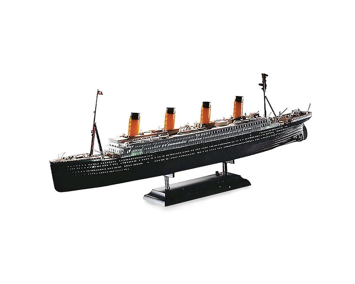 1/700 R.M.S. Titanic W/Led Set by Academy/MRC