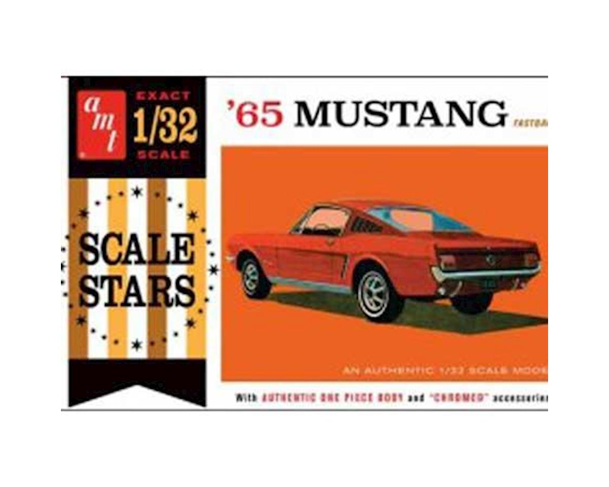 1965 Ford Mustang Fastback by AMT