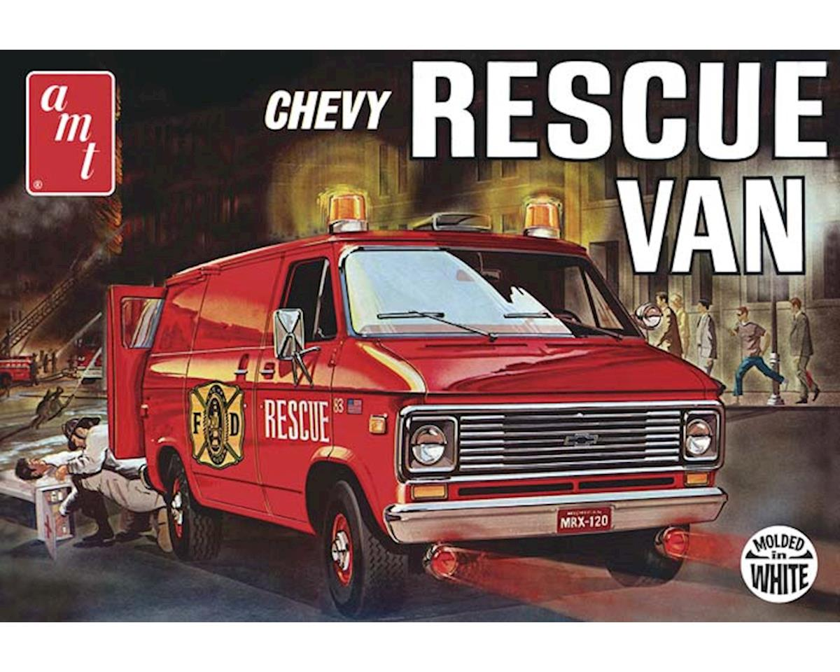 AMT Amt  1/25 1970'S Chevy Rescue Van (White)