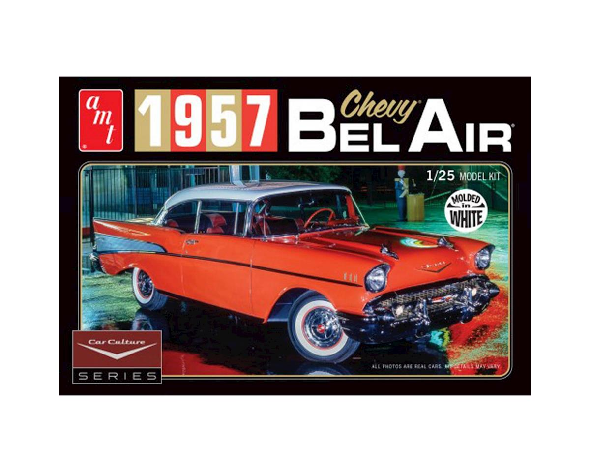 AMT 1957 Chevy Bel Air w/Diorama & Photo Booklet White
