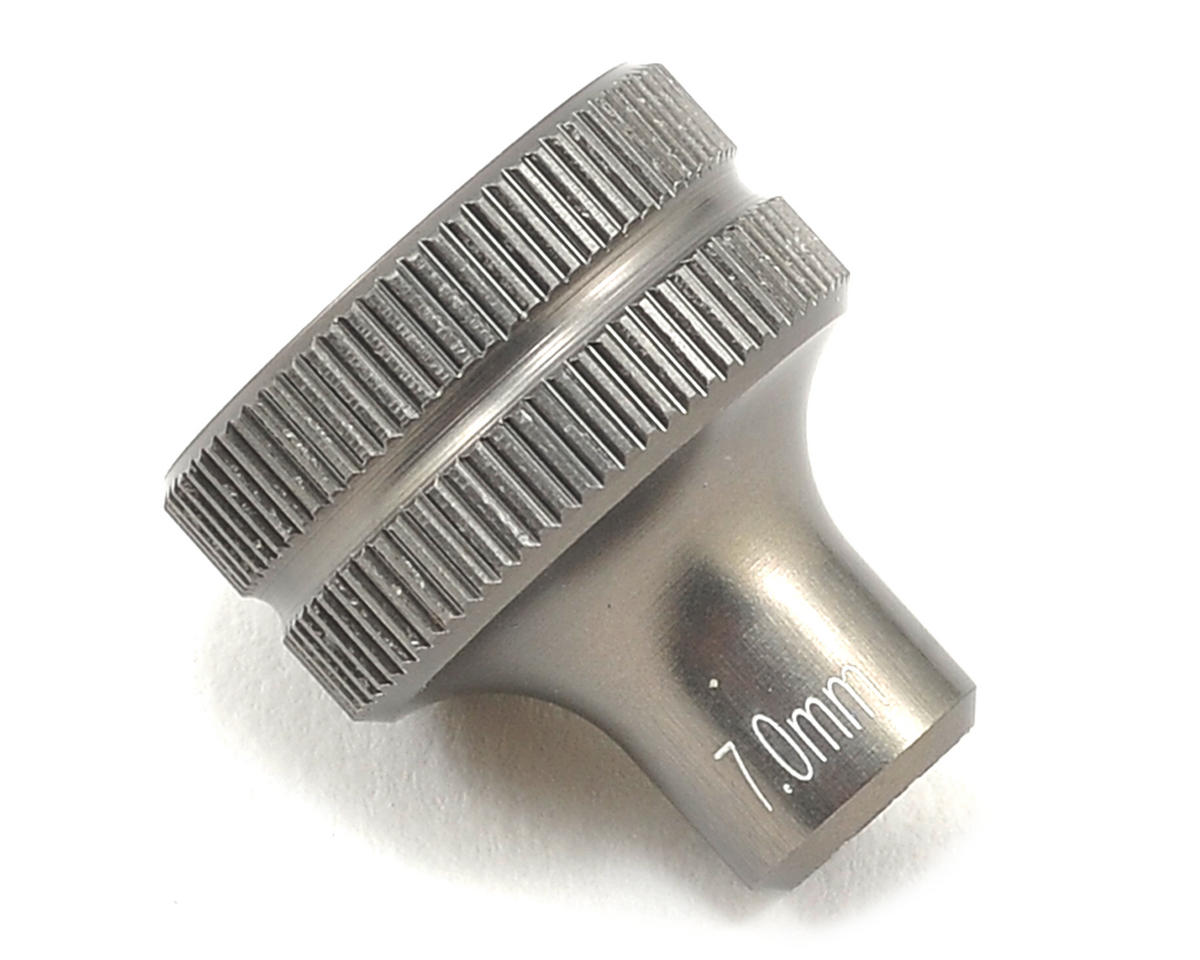 Factory Team Short Nut Driver (7mm) by Team Associated