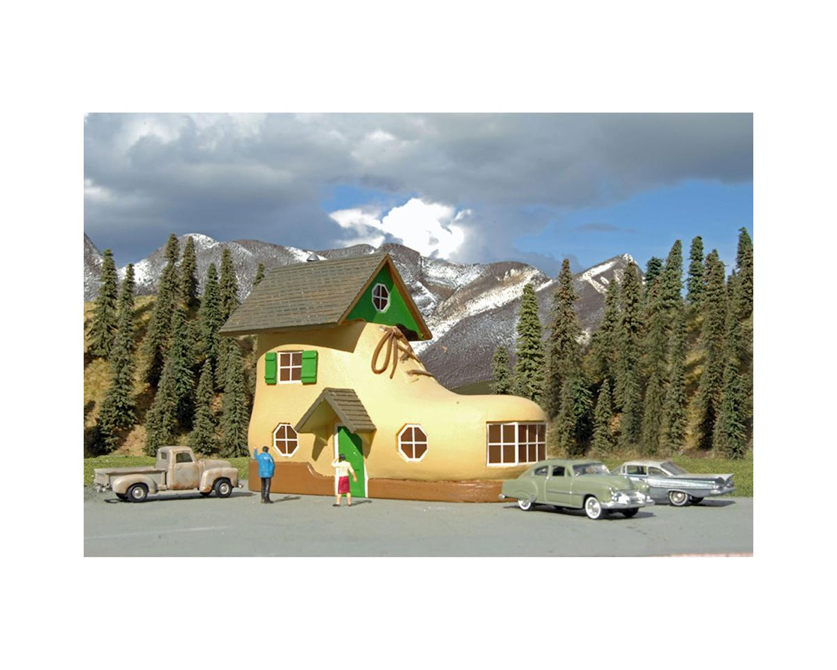 Bachmann Roadside U.S.A. Building Shoe House (HO Scale)