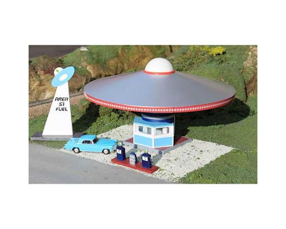 HO Area 51 Fuel Station w/Pumps by Bachmann
