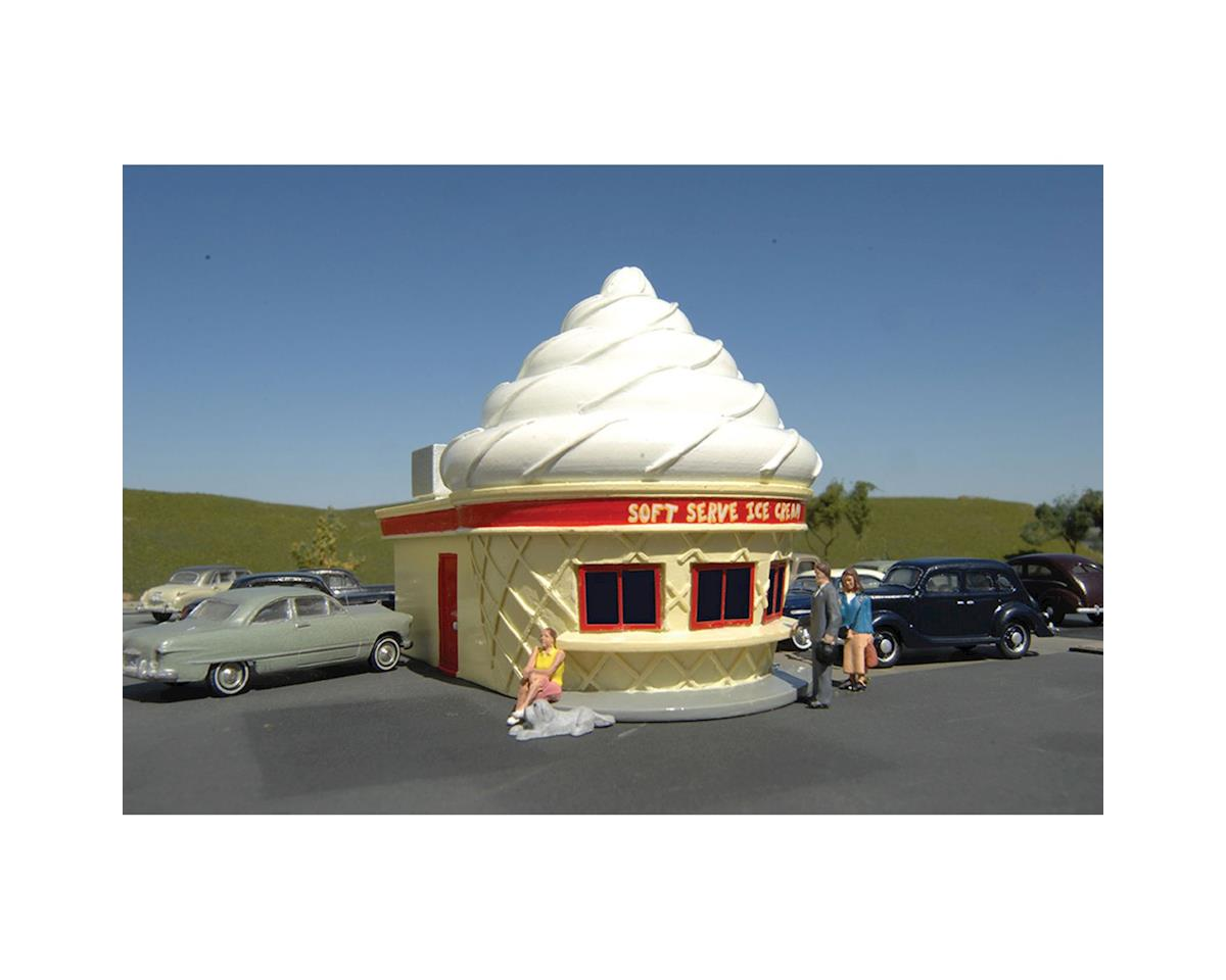 O Ice Cream Stand by Bachmann