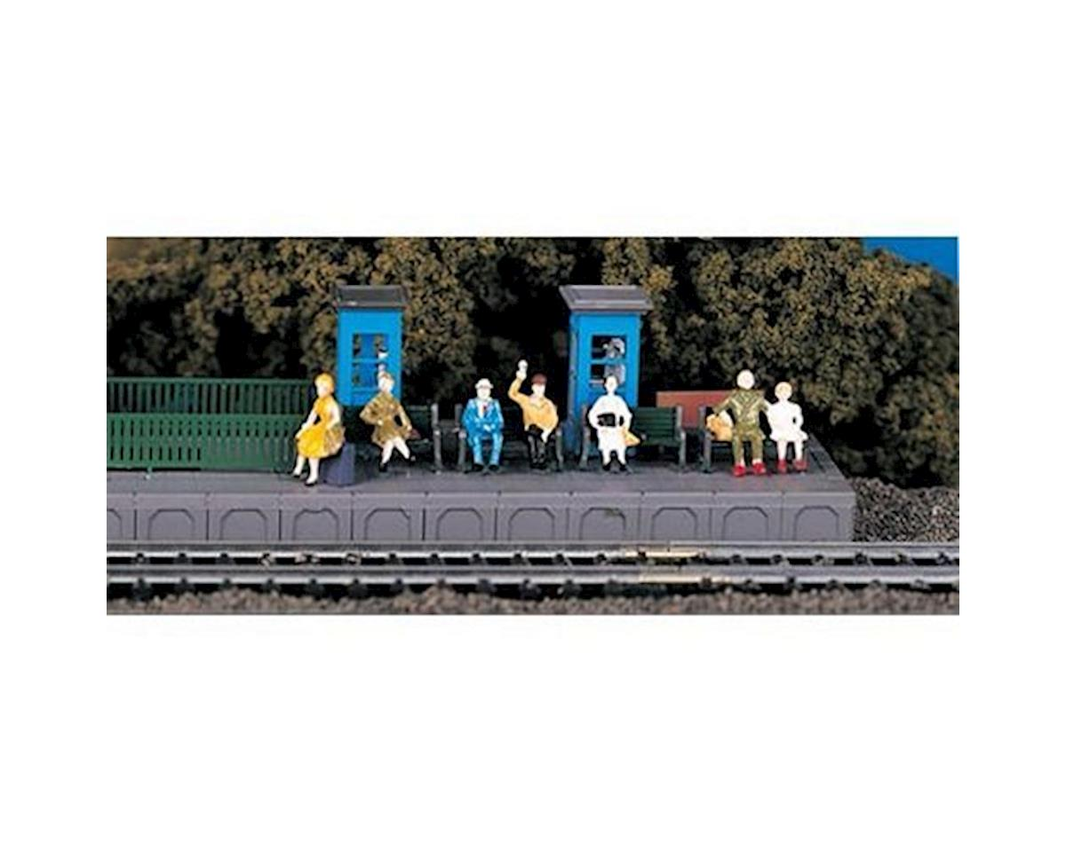 HO Sitting Passengers by Bachmann