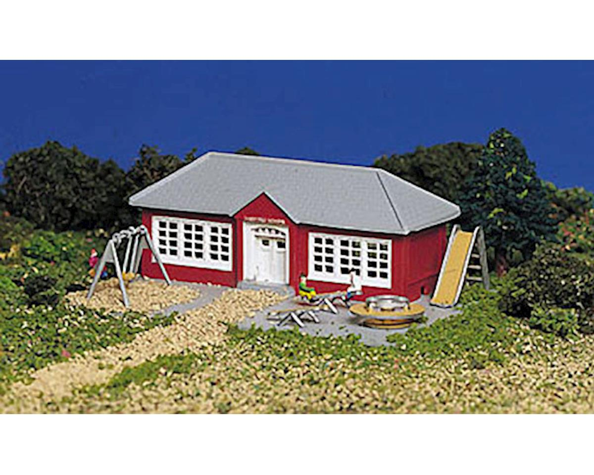 N-Scale Plasticville Built-Up School w/Equipment