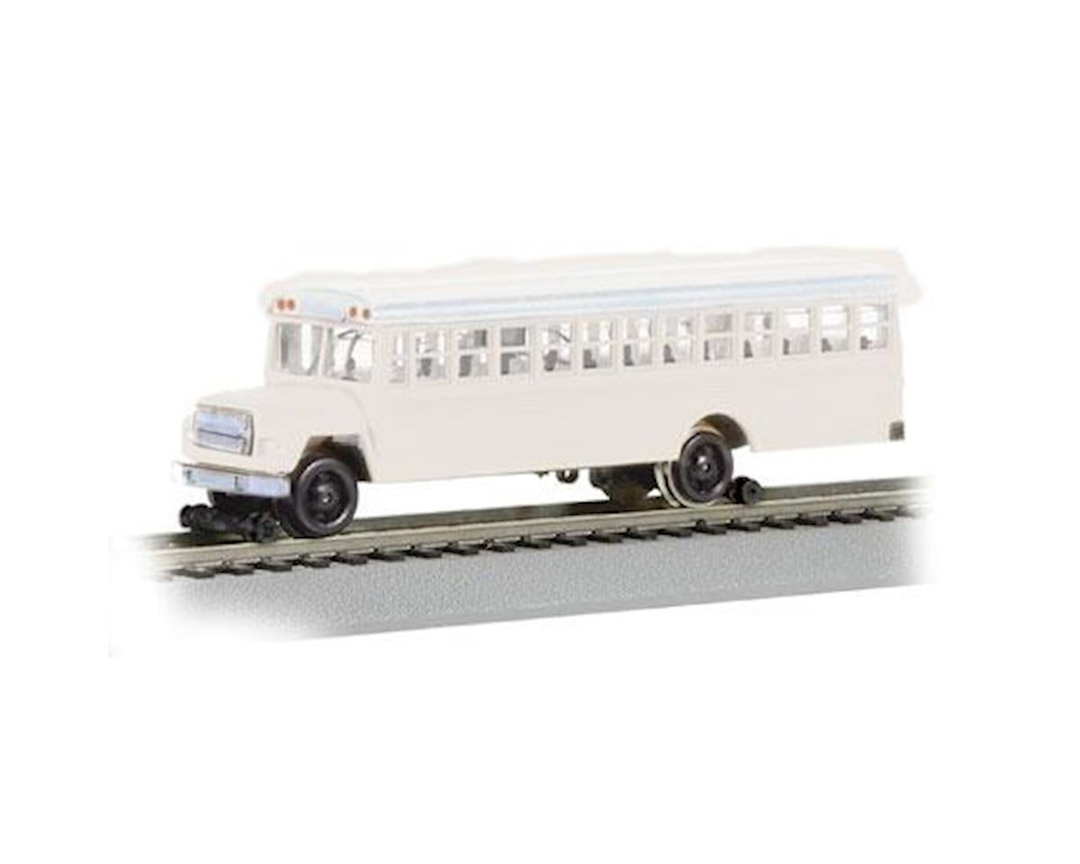 Bachmann HO Bus w/Highrailers, White