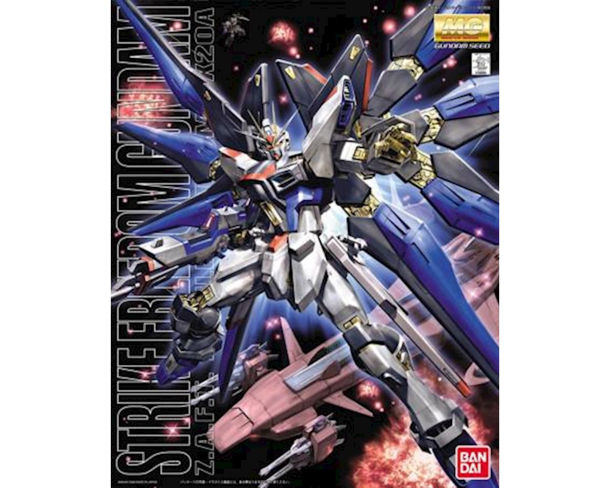 Bandai 1/100 Master Grade Series: #93 Strike Freedom Gund
