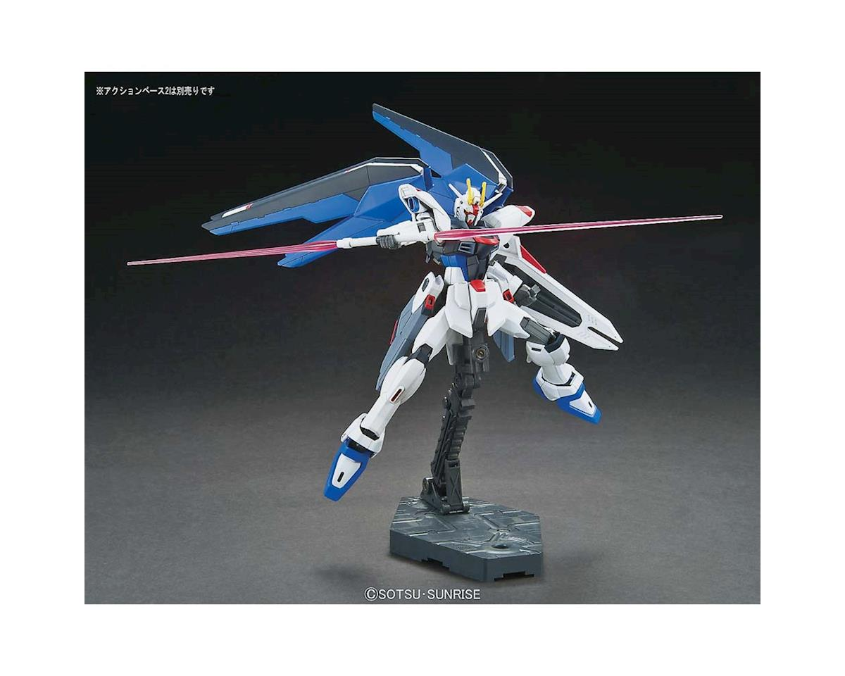 1/144 Hgce Freedom Gundam by Bandai