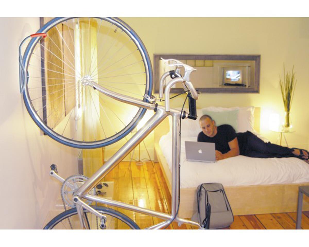 Delta Leonardo Wall Storage Rack (Holds One Bike)