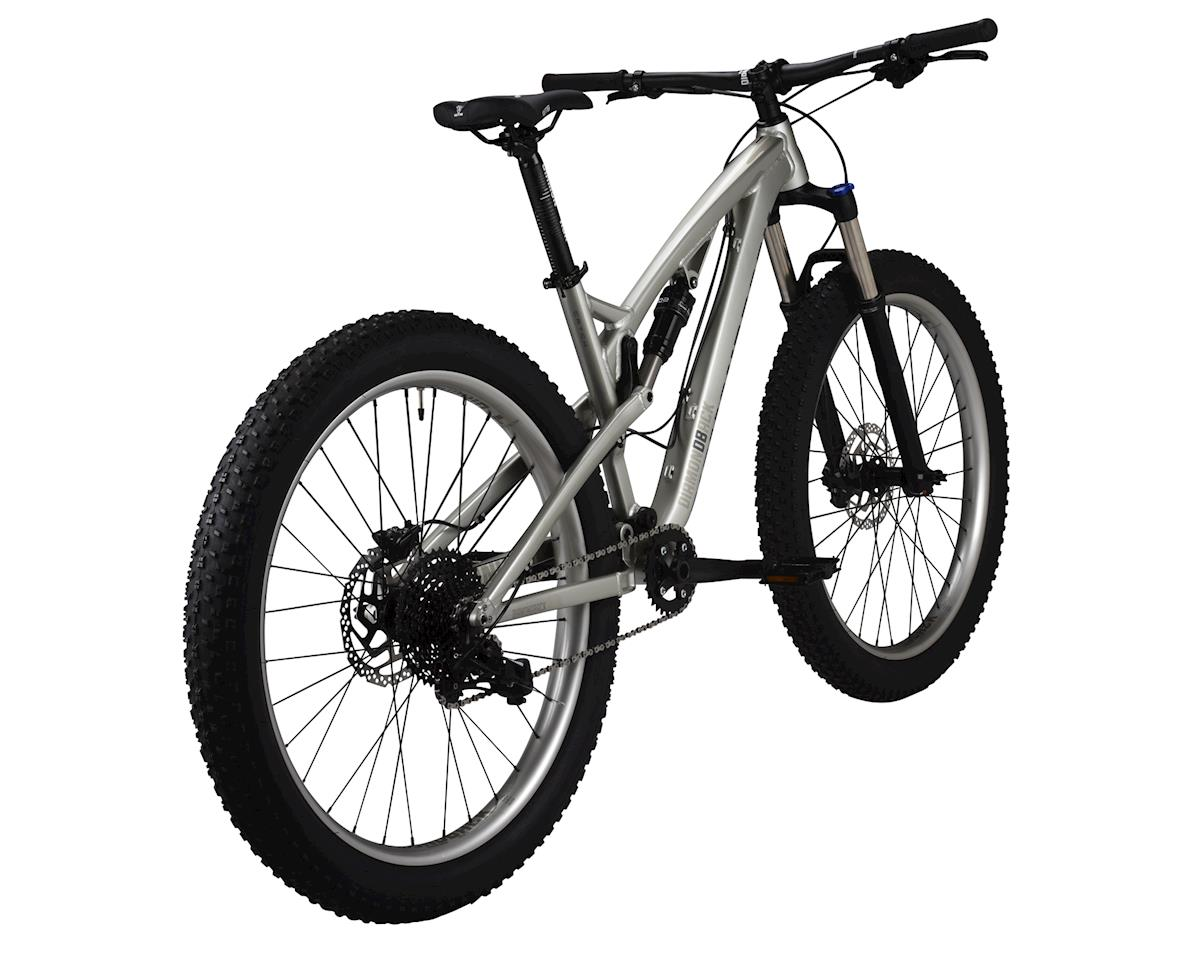 Diamondback Catch 27.5+ Mountain Bike - 2017 Performance Exclusive (Silver)