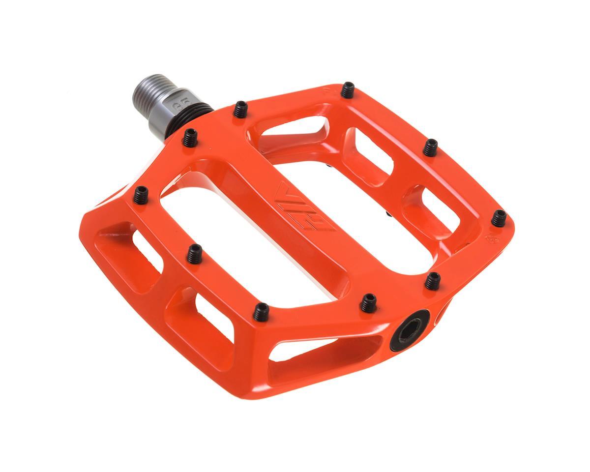 "V12 Pedals, 9/16"" Alloy Platform Tango Orange"