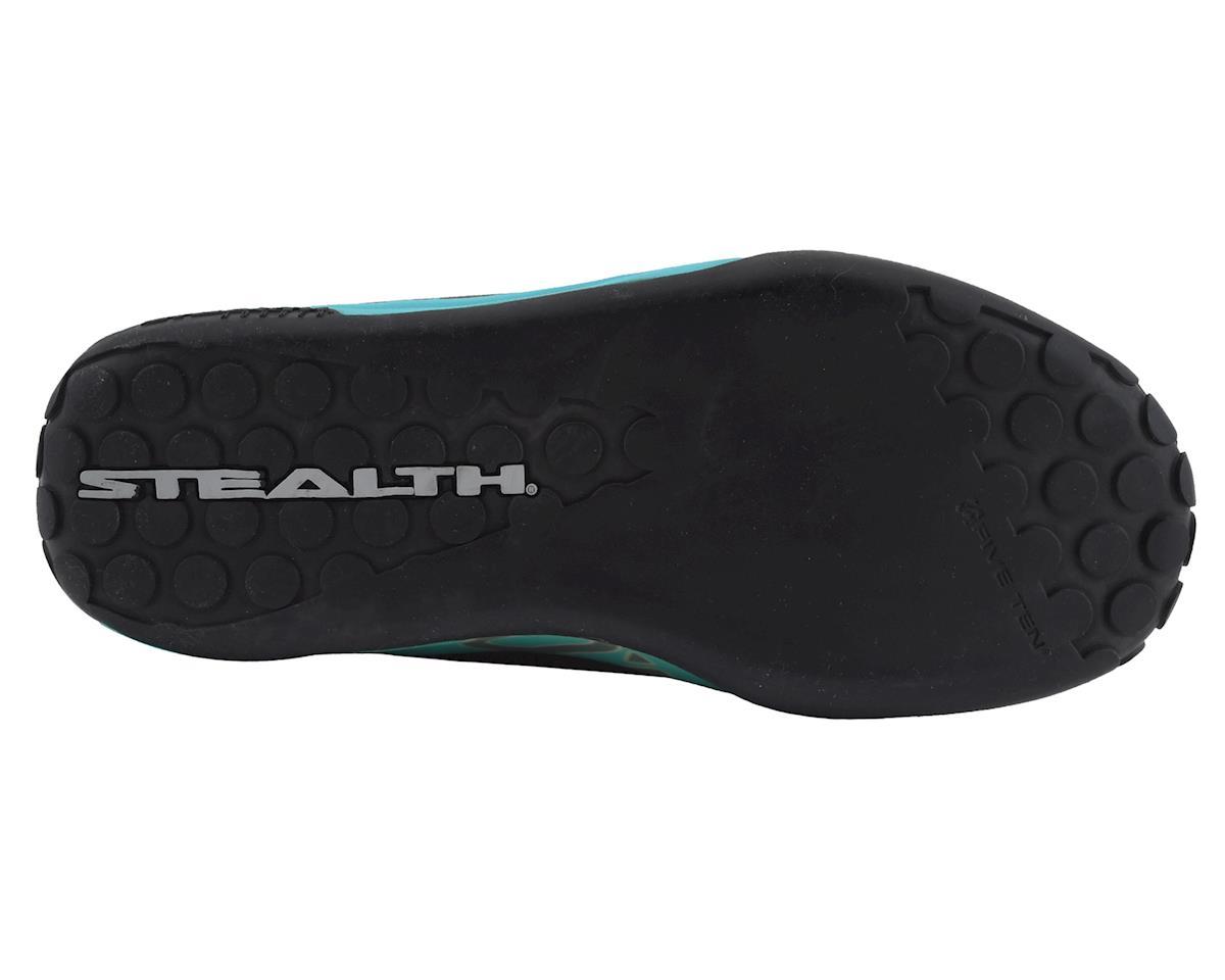 Five Ten Freerider Contact Women's Flat Shoe (Shock Green/Onix) (10)