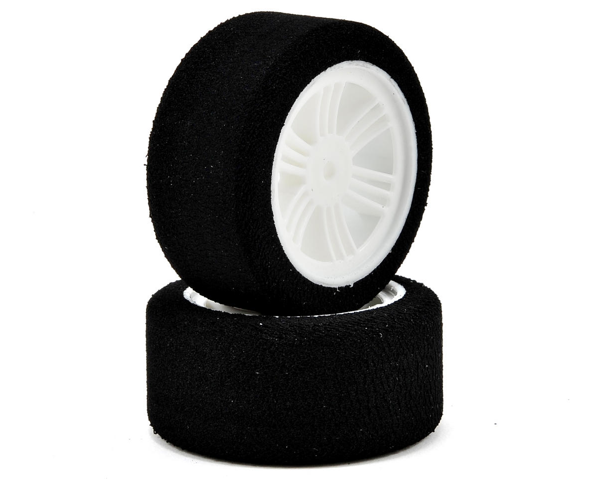 Contact 12mm Hex 30mm 1/10 Nitro Sedan Foam Rear Tires (2) (White) (35 Shore)