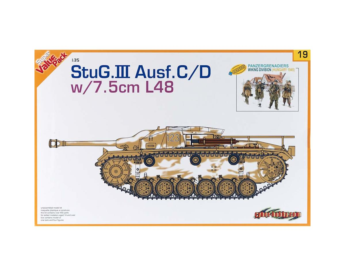 Cyber Hobby Plastic Models 1/35 StuG.III Ausf.C/D w/7.5cm L48 w/Ger Fig Set
