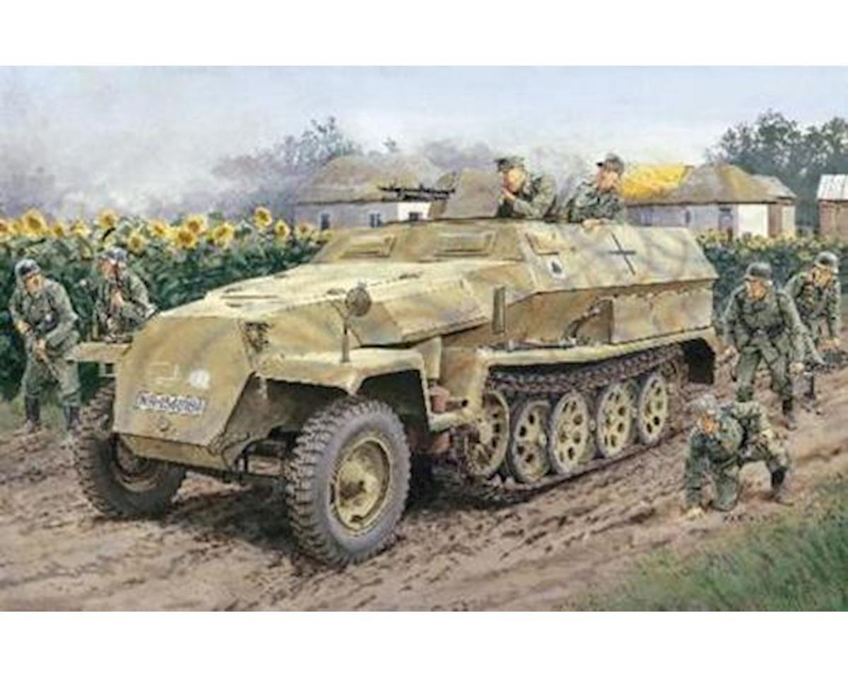 Dragon Models 6187 1/35 Sd.Kfz.251 Ausf.C Half Track