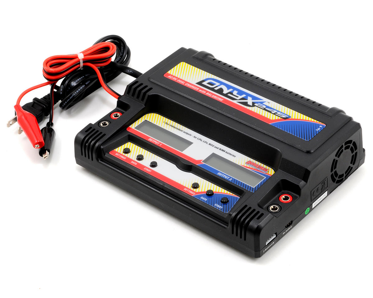 DuraTrax Onyx 245 AC/DC Dual Output Multi-Chemistry Balance Charger(5A/3S/40Wx2)