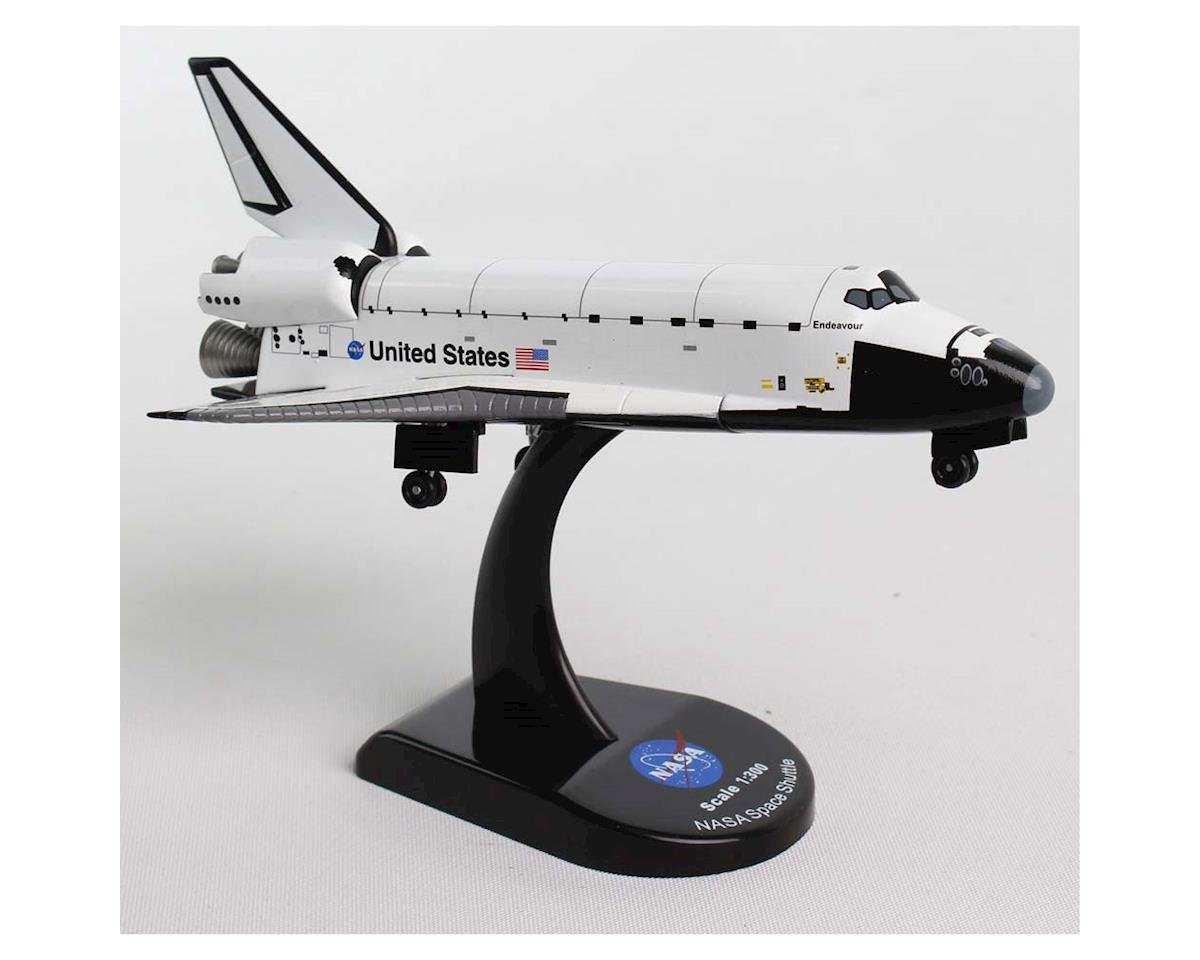 Daron Worldwide Trading 5823 1/300 Space Shuttle Endeavour