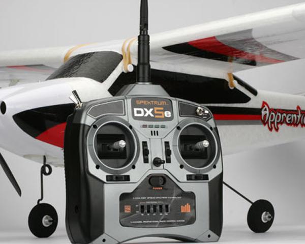 E-flite Apprentice 15e RTF Aerobatic Trainer w/Spectrum DX5e Radio