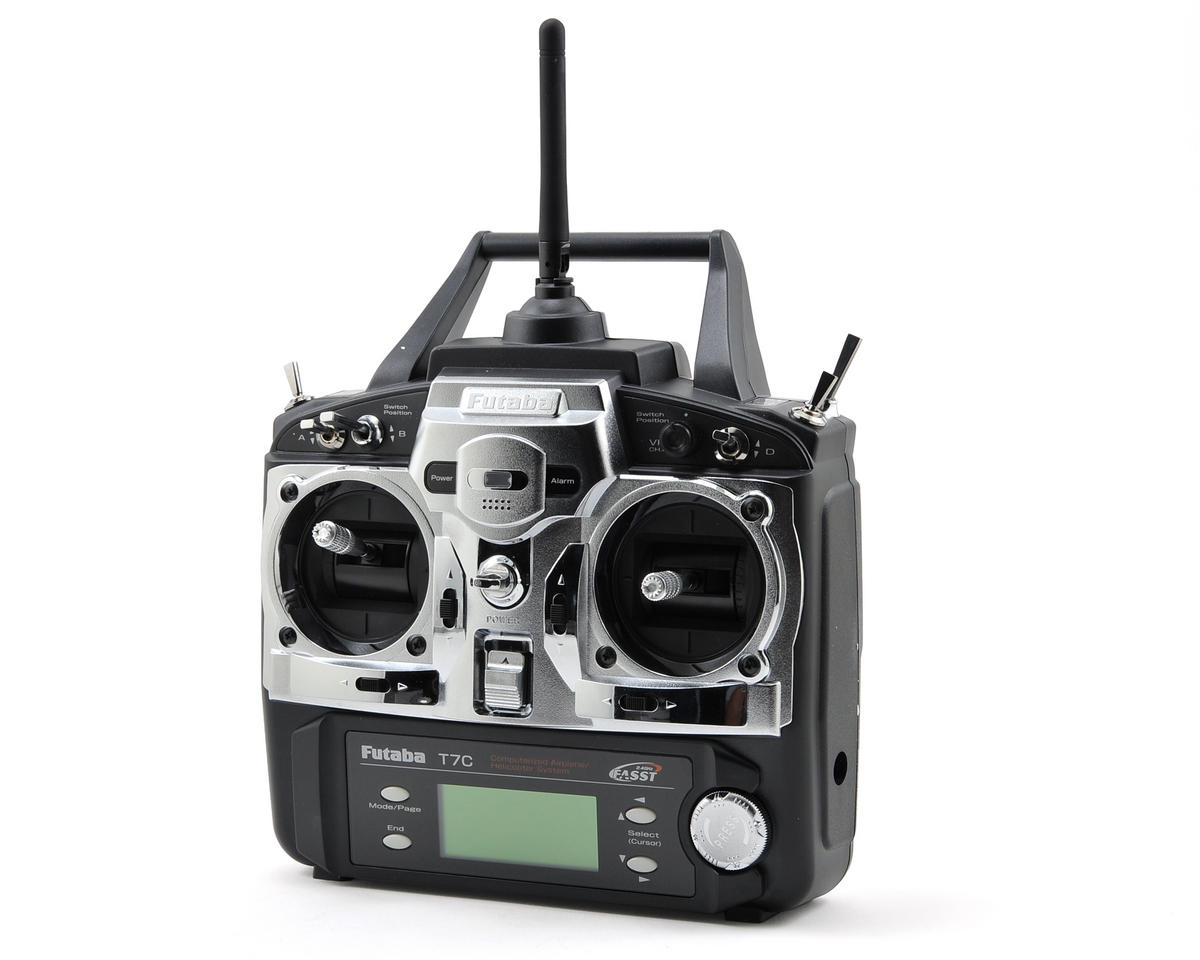 Futaba 7C 2.4GHz FASST Airplane Radio System w/4-S3152 Servos & R617FS Receiver