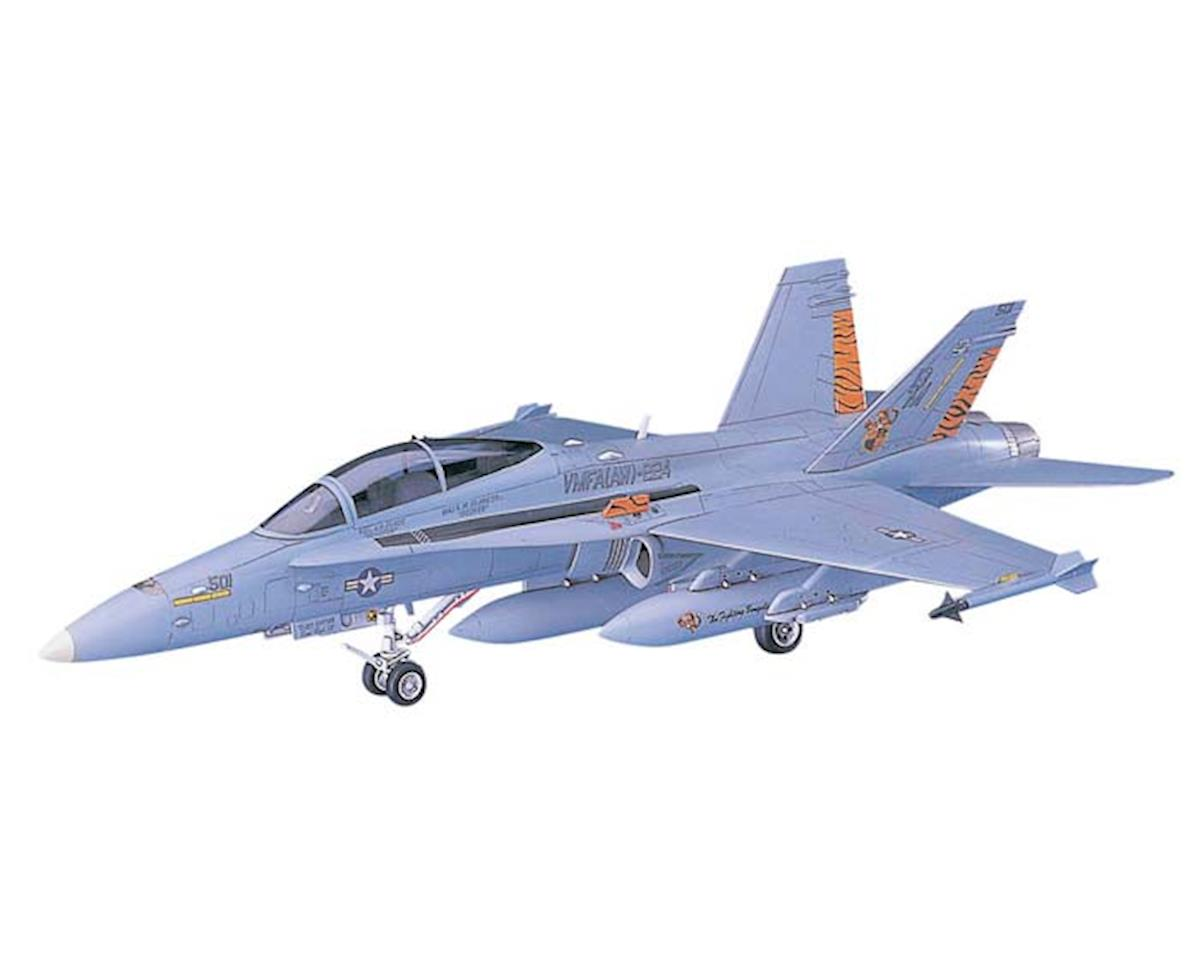 00439 1/72 F/A-18D Hornet by Hasegawa