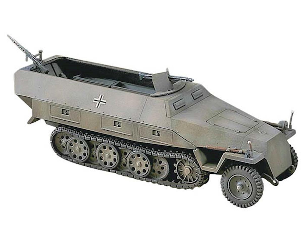 Hasegawa 31144 1/72 Sd.Kfz. 251/1 Ausf D Armored Half-Track