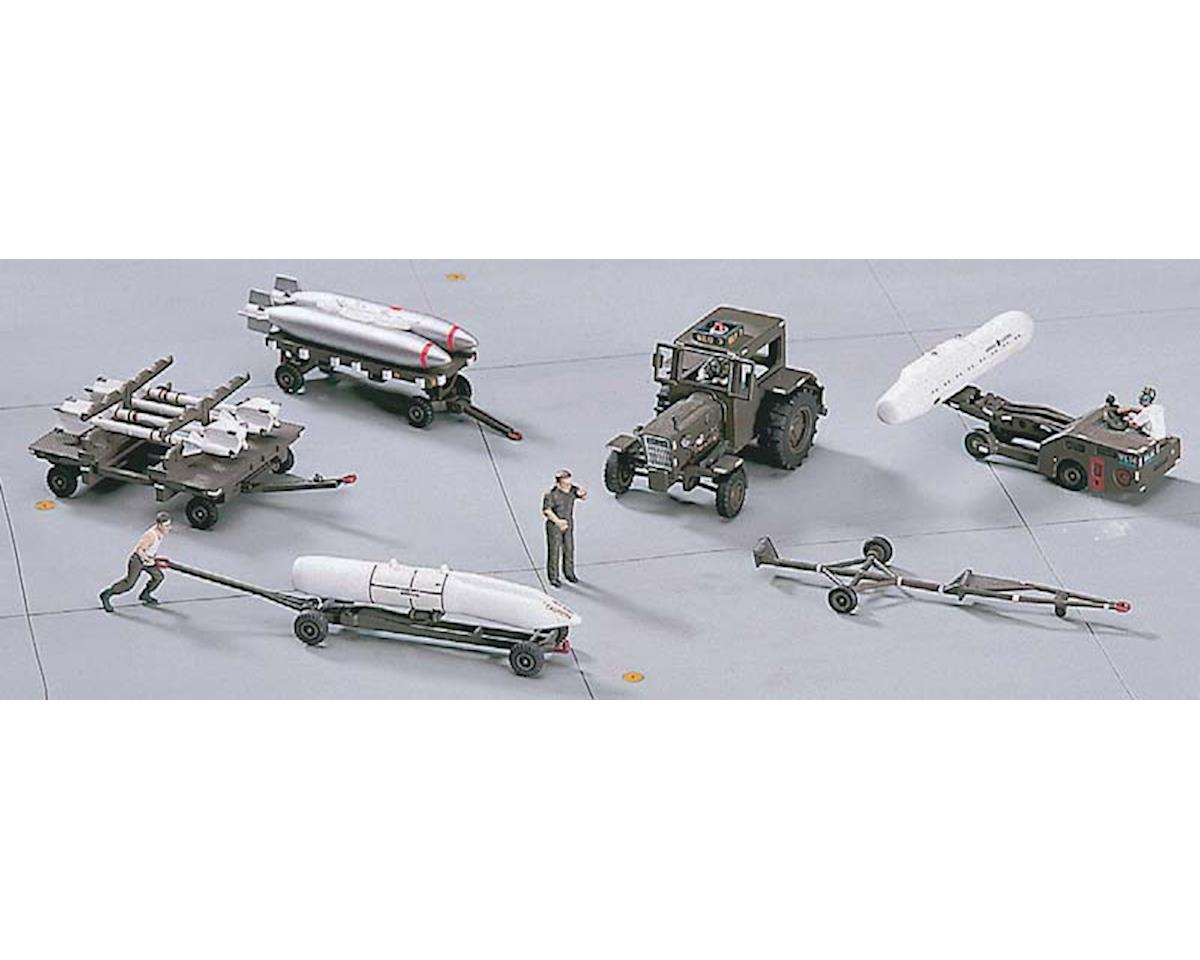 35005 1/72 U.S. Aircraft Weapon Loading Set by Hasegawa