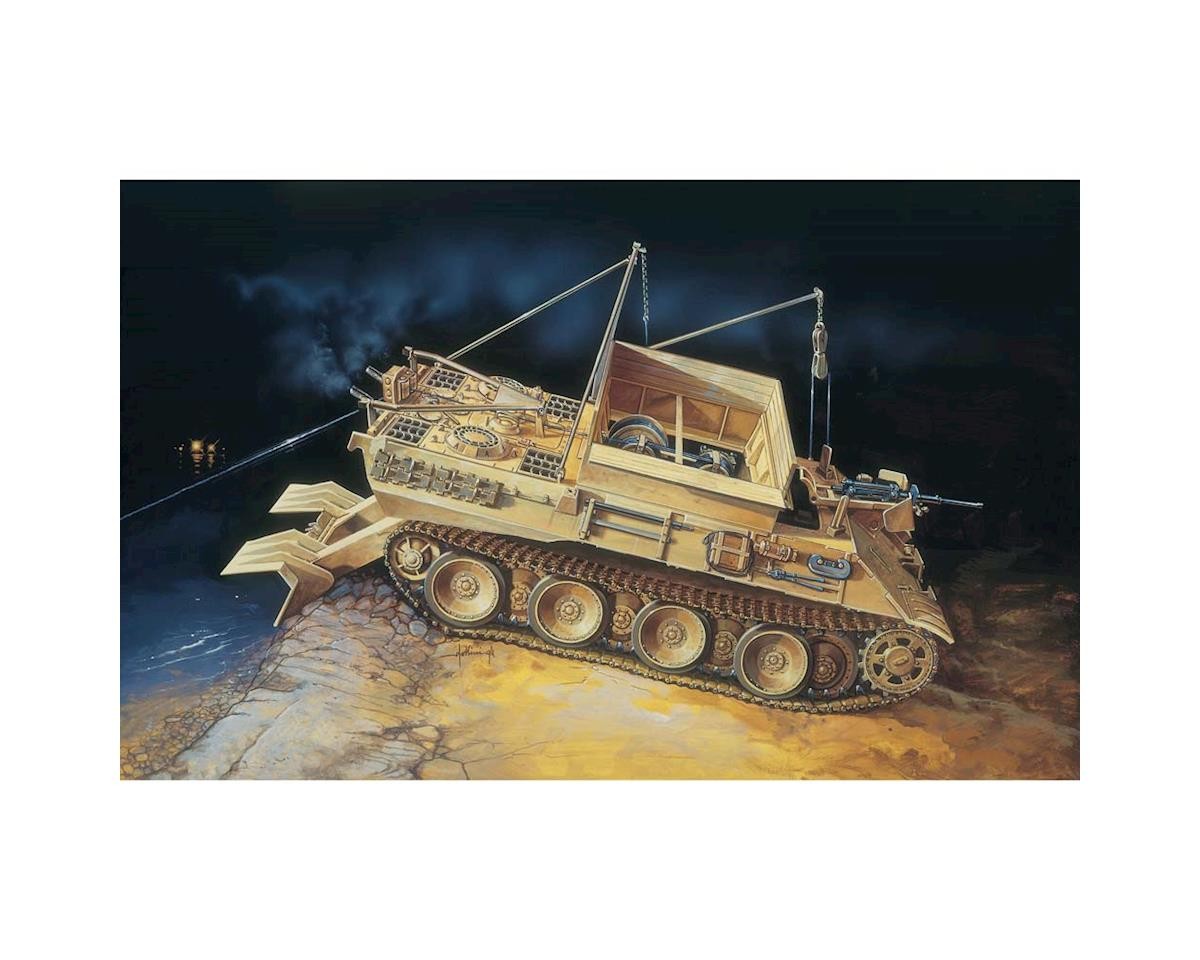 Italeri Models 1/35 SD. Kfz 179 Bergepanther Tank