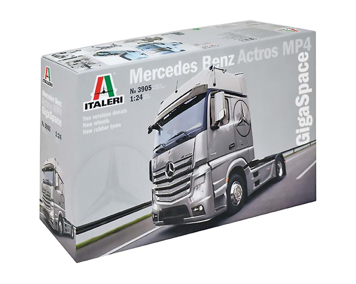 Italeri Models 1/24 Mercedes Benz Actros MP4 GigaSpace