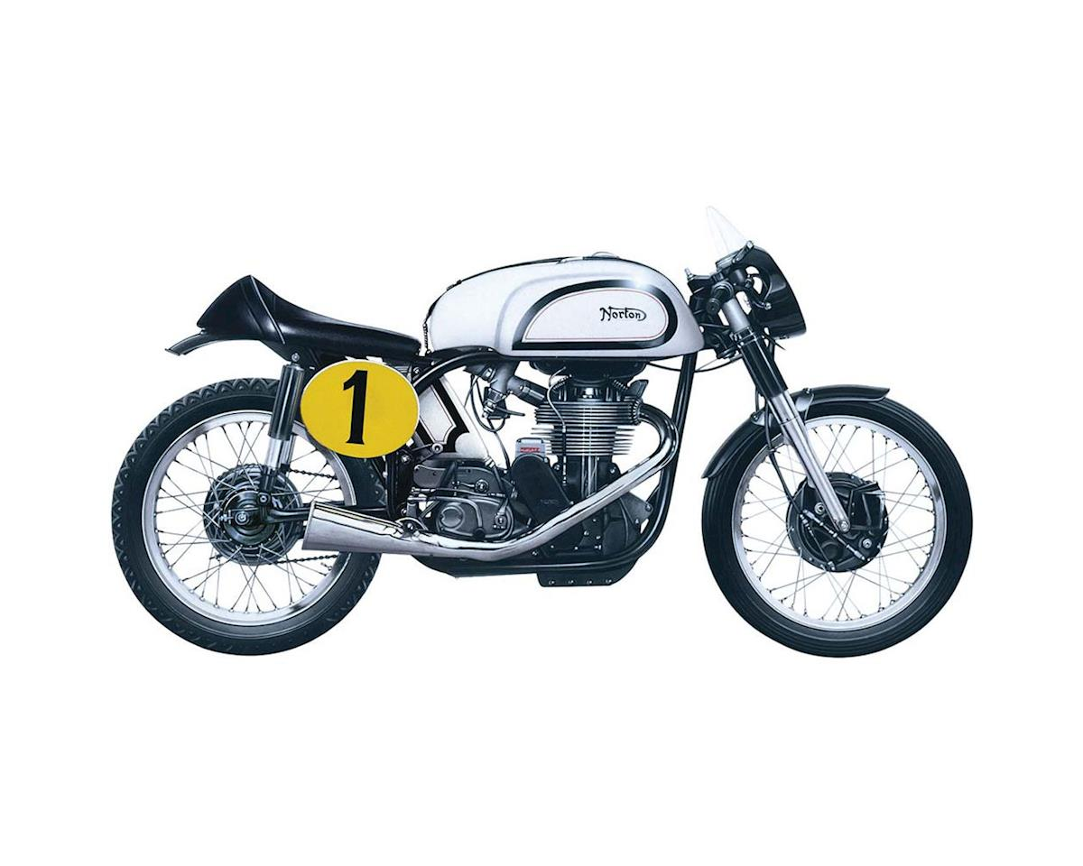 1/9 1951 Norton Manx 500cc by Italeri Models