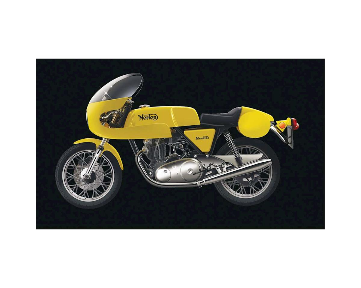 1/9 Norton Commando PR 750cc by Italeri Models