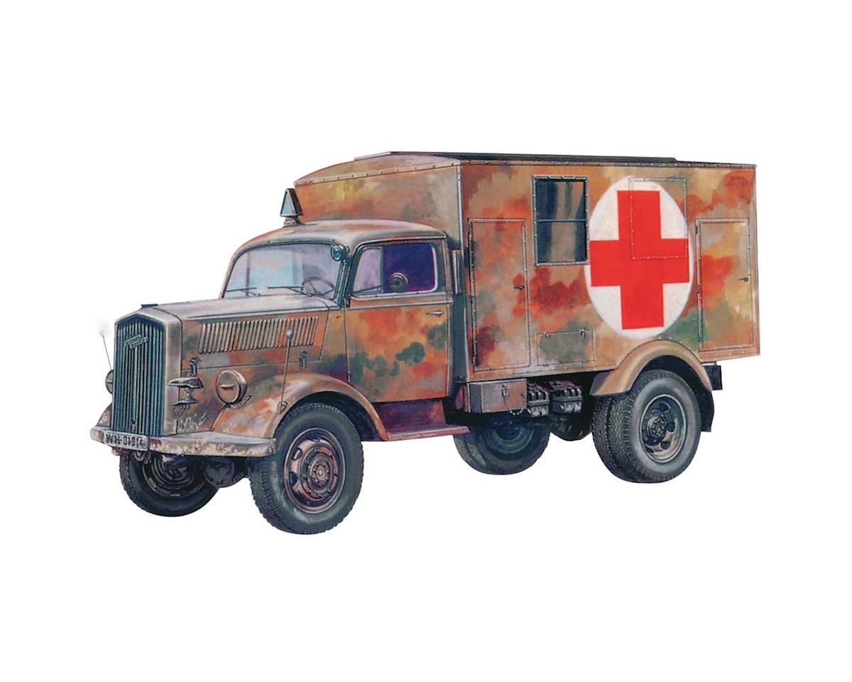 Italeri Models 1/72 Kfz 305 Ambulance
