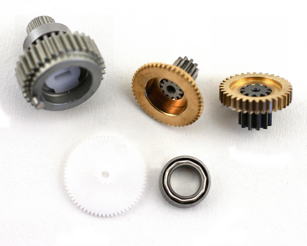 JR Replacement Metal Servo Gear Set for DS8411, DZ8550, Z4800T and Z8800T