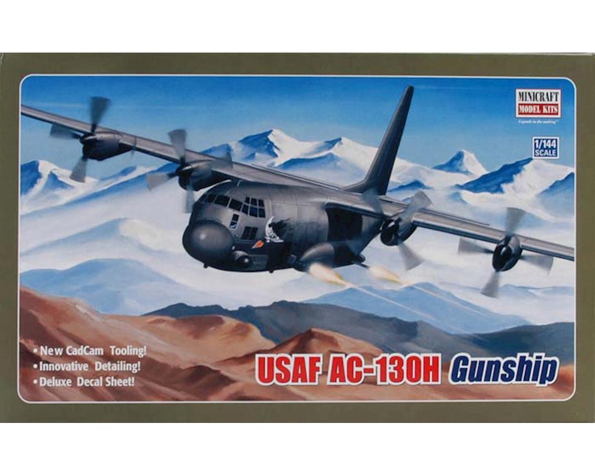 14537 1/144 USAF C130 Hercules Gunship