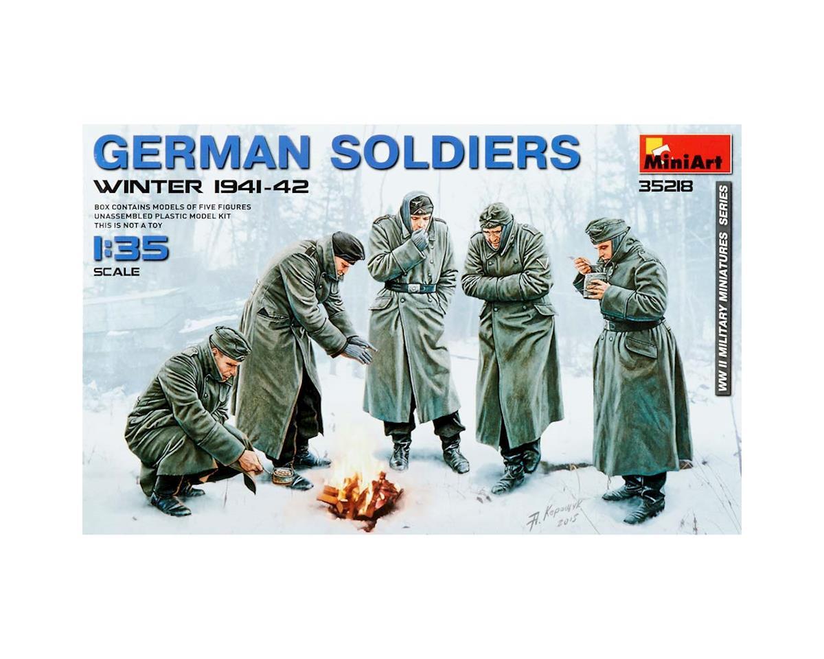 MiniArt 35218 1/35 German Soldiers Winter 1941-42 (5)