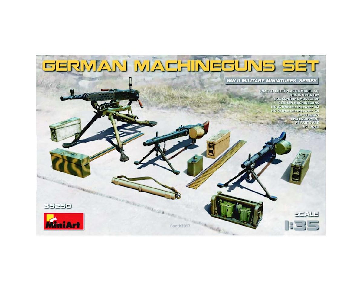 35250 1/35 WWII German Machine Guns & Equipment