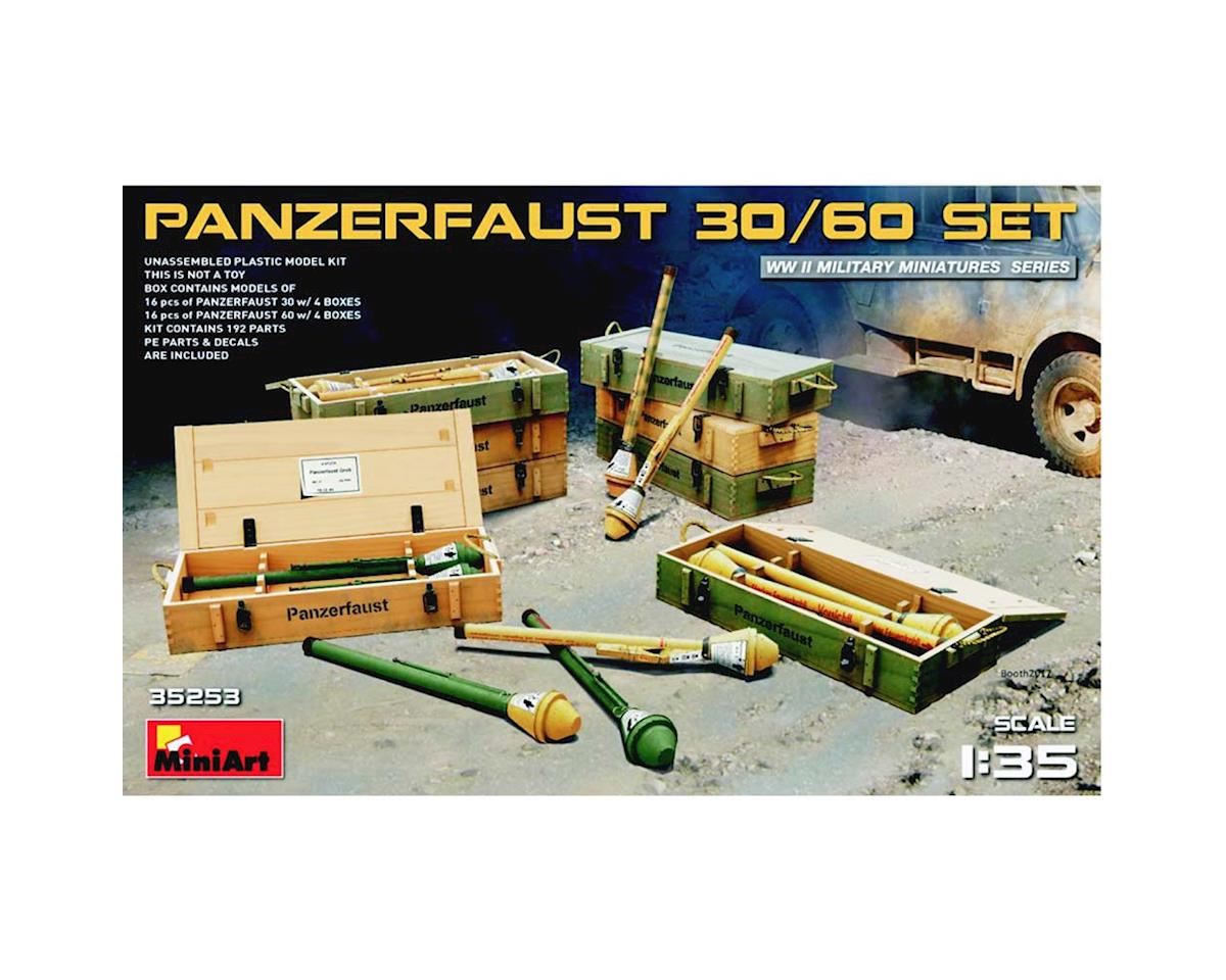 35253 1/35 WWII Panzerfaust 30/60 Infantry Weapons